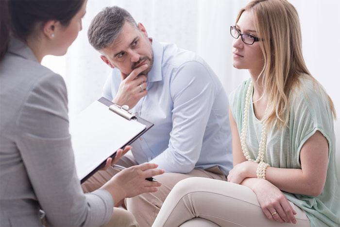 Кому нужен семейный психолог