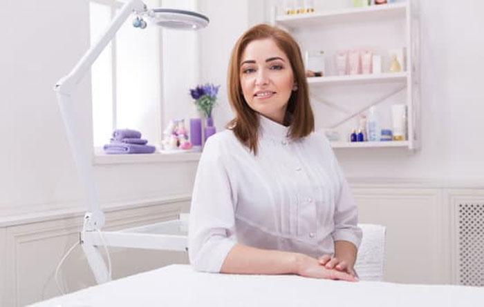 Как работает медицинский косметолог?